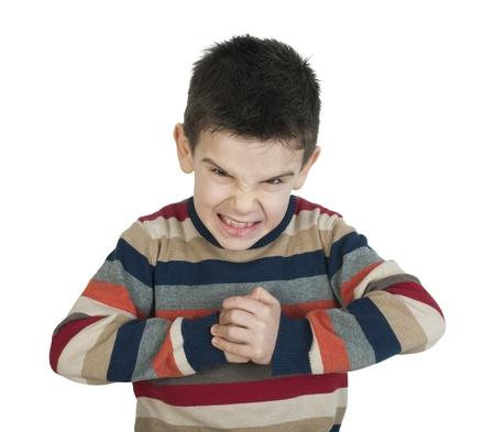 enfant fach�: Enfant en col�re. Blanc isol�
