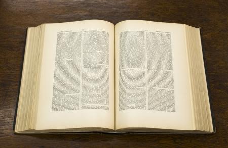 historias biblicas: Abra grande y viejo libro. Enciclopedia franc�s.