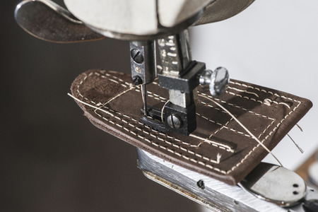 leather belt: Sewing leather. Manual machine