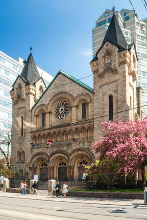 king street: St. Andrews Presbyterian church on King street in Toronto. The building was designed by architect W. G. Storm in romanesque revival style and opened in 1876. Editorial