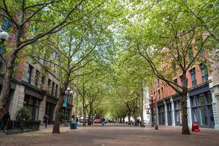 Occidental Avenue op 19 mei in Seattle, Washington Occidental Park ligt in het hart van de historische wijk Pioneer Square, gebouwd in 1971, tijdens de algemene renovatie van het gebied