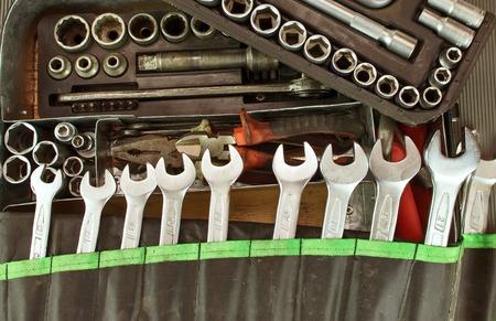 werkzeug: Viele schmutzigen Satz von Werkzeugen auf einem Vintage-Hintergrund Lizenzfreie Bilder