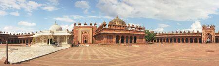 fatehpur: Fatehpur Sikri, India, november 17, 2011: Panorama with high resolution of Tomb of Salim Chishti. Buland Gate, Dadupura, Fatehpur Sikri. Attractions India, vintage old palace. Editorial