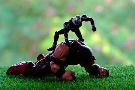 supervillian: juggernaut battle rider skull in garden