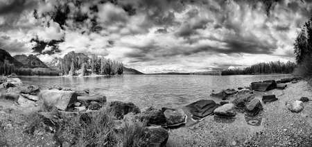 Panorama of Leigh Lake in Grand Teton National Park, WY on a cloudy late summer day Reklamní fotografie