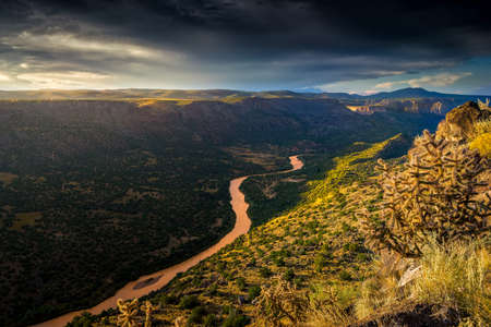 overlook: Stunning sunrise at Overlook Point near Bandelier, NM Stock Photo