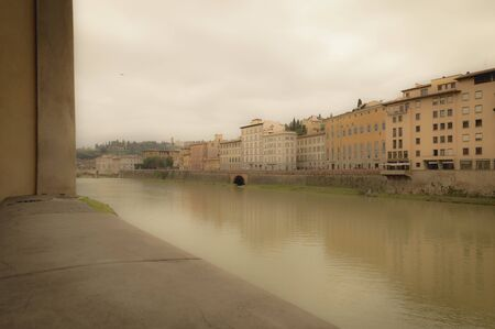arno: View of the Arno River, Florence