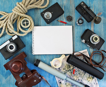 Set van retro items voor toeristen en reizigers
