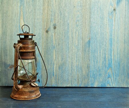 oil lamp: Old fashioned vintage kerosene oil lantern lamp