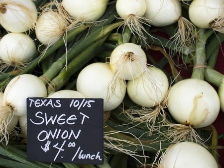 Texas 1015 Onions - Organic produce on display at the Farmers Market.