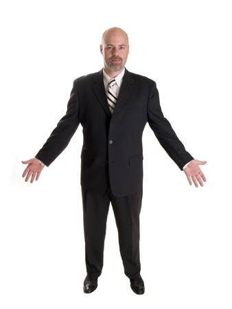 Photo d'un homme d'affaires bien habillé vers l'avant et la tenue de ses bras dans un geste amical, pleine longueur, blanc isolé. Banque d'images - 8080484