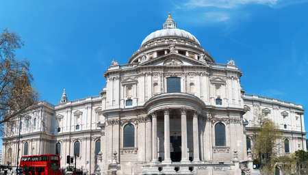 christopher: Christopher Wrens St Pauls Cathedral in London