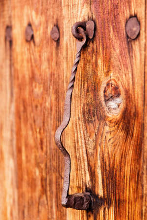 tocar la puerta: A�ada la puerta de golpe con el polvo Foto de archivo