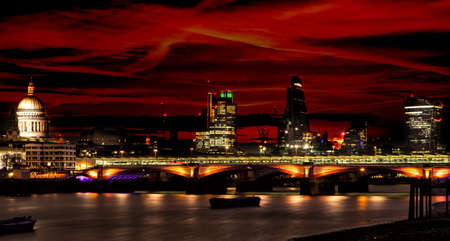 London and St Paul cathedral at night