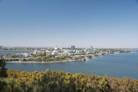 View of the city of Perth, with the Swan River and a sunny sky. Reklamní fotografie