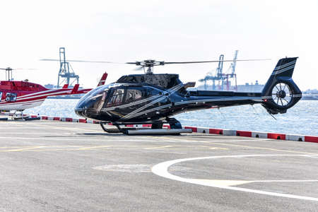 Tour helicopter ready to take off. NYC, USA Reklamní fotografie