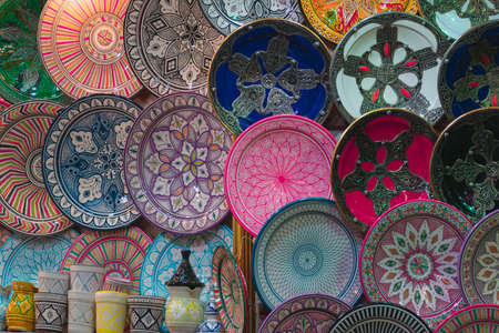 Detail of colorful ceramics in the markets of the medina of Marrakech, Morocco. Stockfoto