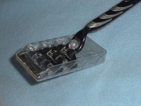 razor: Shaving razor and blades