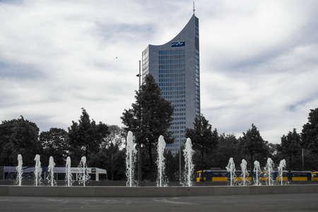 市 Hochhaus ライプツィヒをライプツィヒで Rossplatz の噴水 報道画像