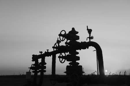 pipeline: Oil pipeline