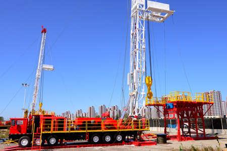 oil derrick: The oil derrick