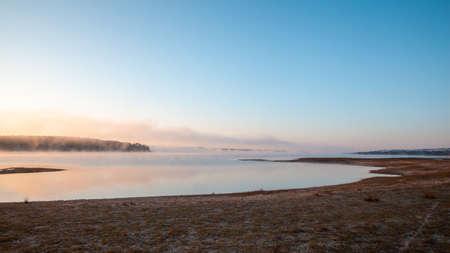 morning mist at the reservoir Montargil Ponte de Sor Alentejo Portugal Standard-Bild