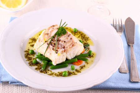 Cod Fillet with green beans, peas, parsley, olive oil and wine
