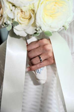 結婚式ブーケ結婚でしっかり武装だった指輪を結婚式、 写真素材