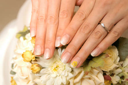 Nail Art, bride of nail decoration casually fashionable bouquet and matched color is elegant