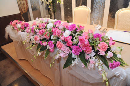 receptions: Brilliant flower arrangement that the pink of terraced was keynote