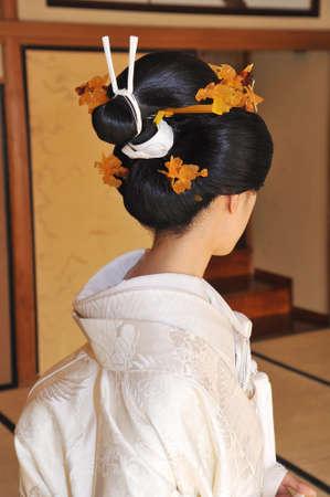 着物結婚、純粋な白いドレスの花嫁がエレガントな Bunkin Takashimada です。 写真素材