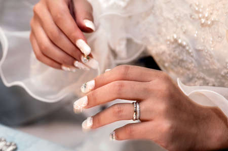 fingertips: Marriage, wedding reception, hand fingertips of the bride on the terraced, happiness, joy is full