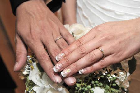 sleek: Sleek, elegant two of the ring in your preparation room