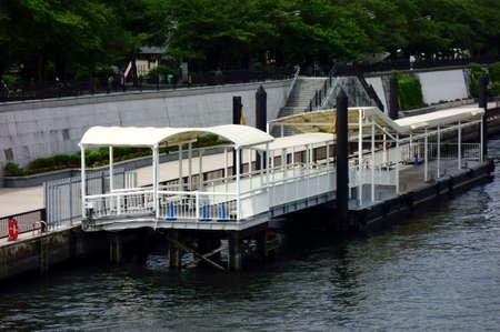 Taiga passenger ship mooring pattern