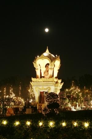 shree: Light beautiful idol of Lord Ganesh.