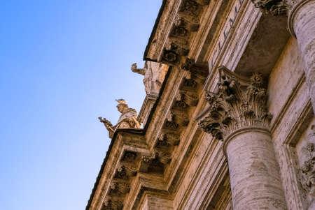 San Giovanni dei Fiorentini Church in Rome, Italy, on a sunny day Imagens