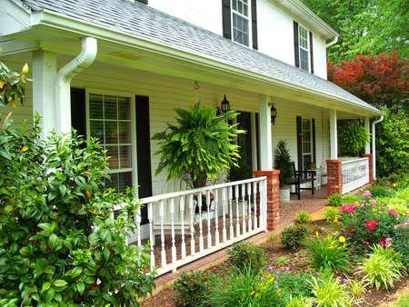 front porch: Frente Porche