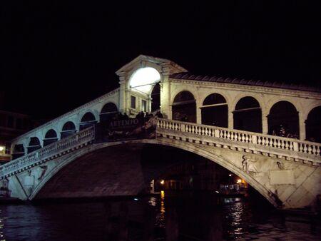 rialto bridge: Rialto Bridge, Venice Italy