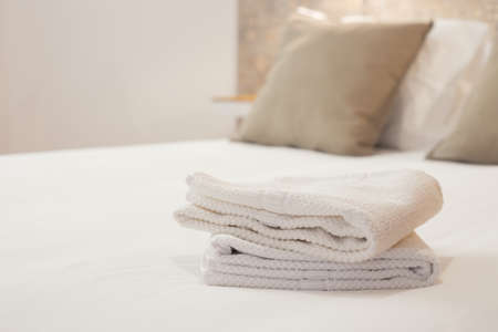 nice accommodations: Fresh and clean towels in a bright room