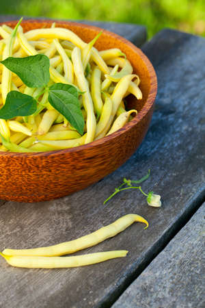 string beans in a wooden bowl Stock Photo - 18792559