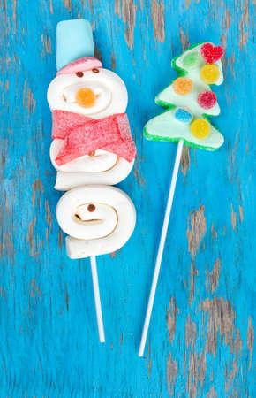 marshmallow snowman and Christmas tree photo