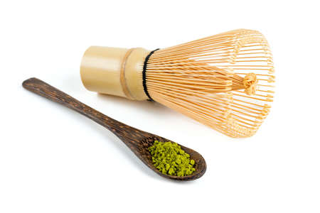 抹茶の抹茶と竹の泡立て器