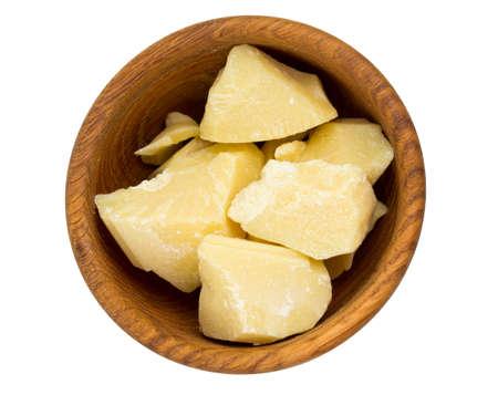 beurre de cacao isolé sur fond blanc Banque d'images