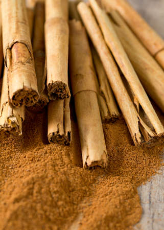 ceylon: ceylon cinnamon sticks