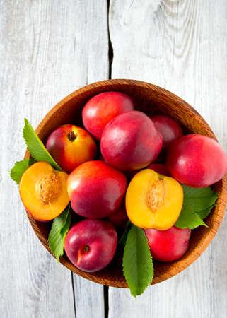 ripe: ripe nectarines