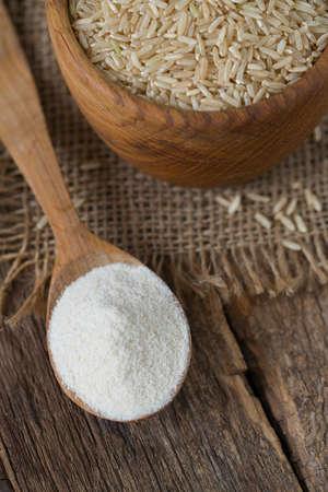 základní: brown rice flour