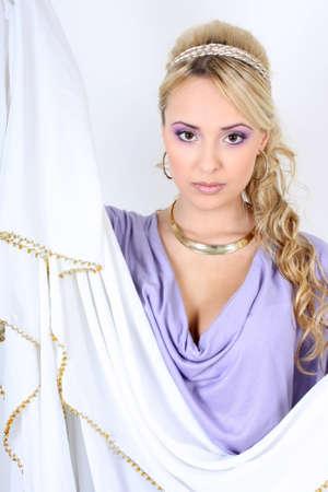 diosa griega: joven hermosa rubia similar a la diosa griega