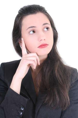 lenguaje corporal: joven empresaria pensando en futuro sobre blanco