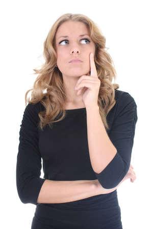 Mujer de negocios en el pensamiento negro sobre blanco