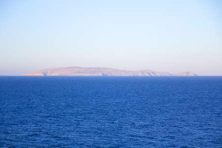 onbewoond: little uninhabited island in Mediterranean sea